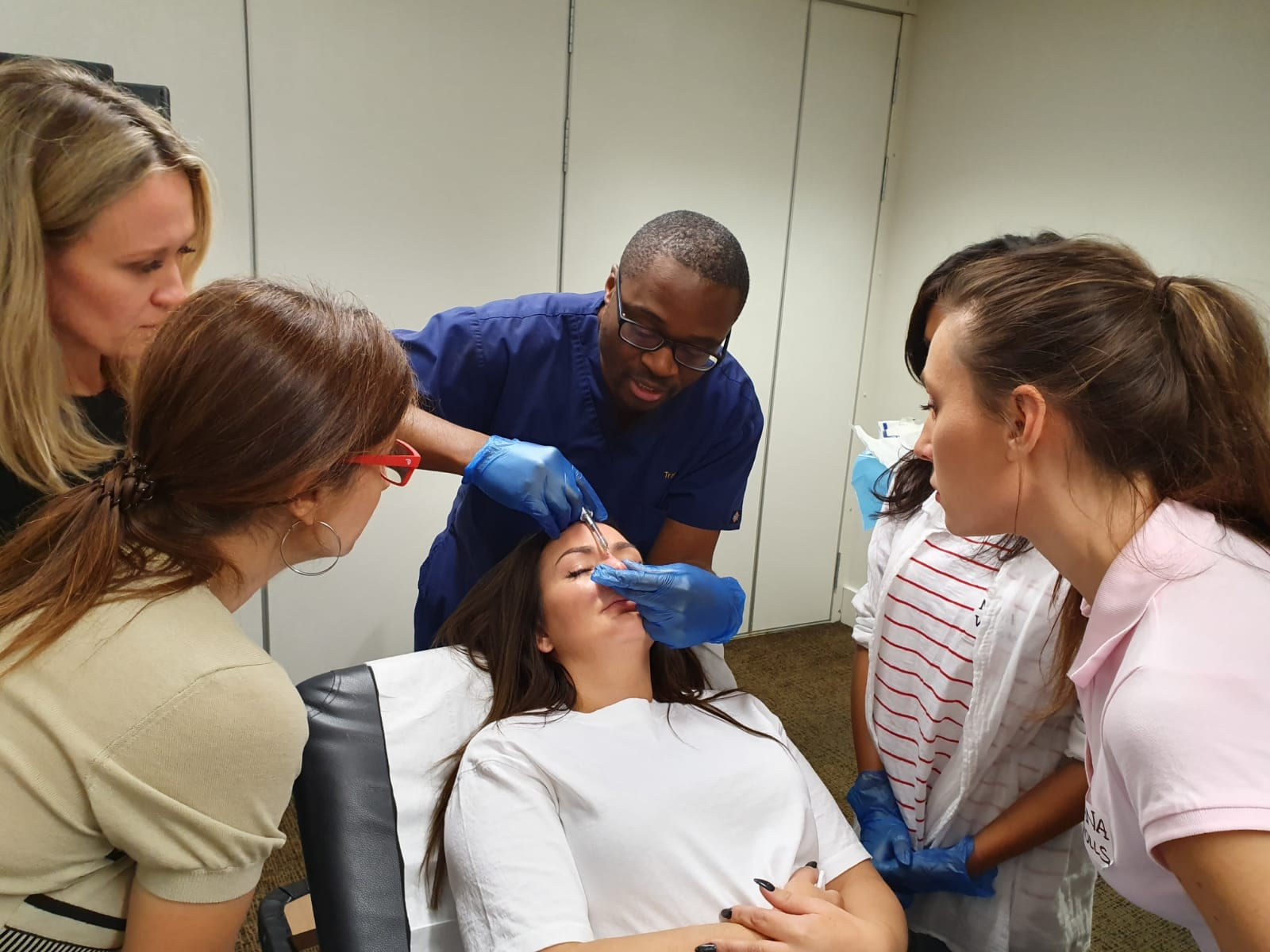 Training INTERNATIONAL TRAINER - Dr Chike Clinics